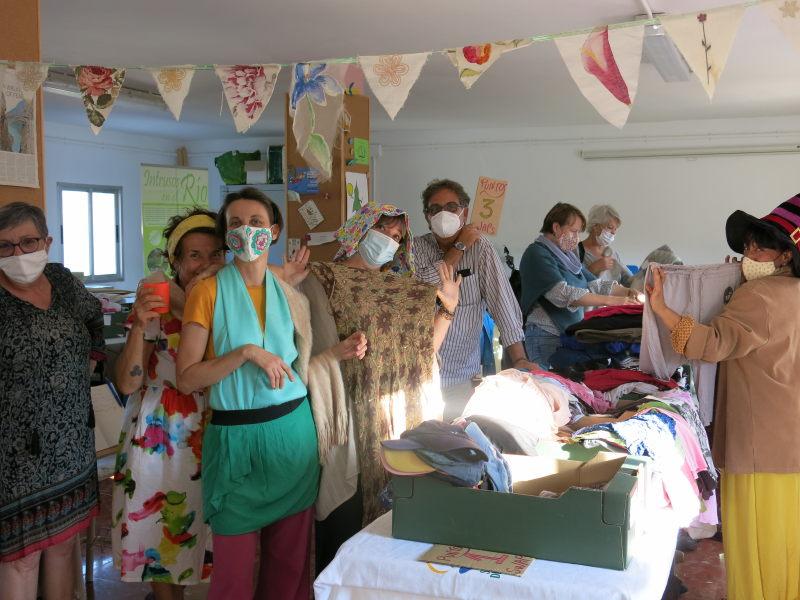 Eventeo de intercambio de ropa en GFS Benarrabá AEA BA