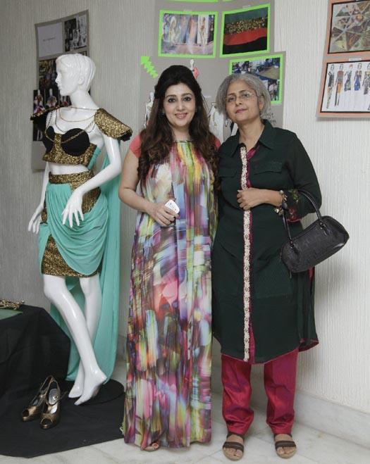 Orient Publication Young Guns Of Fashion Triumph At Tvashtar 2013 By Sophia College Mumbai