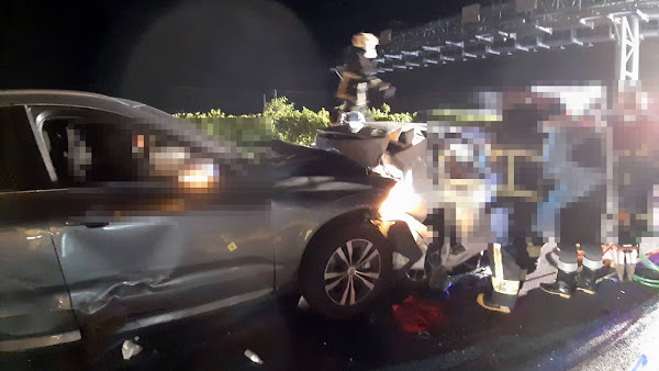 國道1號彰化路段3車追撞 爆胎釀2死3傷重大車禍