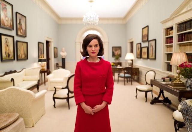 Natalie Portman já é a favorita para o Oscar de melhor atriz em 2017