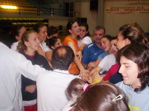 """Ρετρό: Διψασμένα για νίκες τα νιάτα του γυναικείου μπάσκετ-Το αφιέρωμα της """"ΑΜΘ"""" το 2005-2006 για τις Εθνικές Κορασίδων και Νεανίδων κατά την προετοιμασία στη Σιάτιστα-Φωτορεπορτάζ και δηλώσεις"""