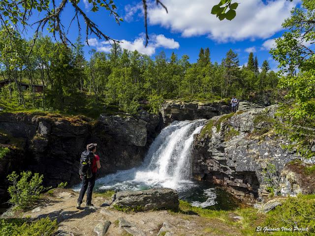 Ulafossen, Rondane - Noruega, por El Guisante Verde Project