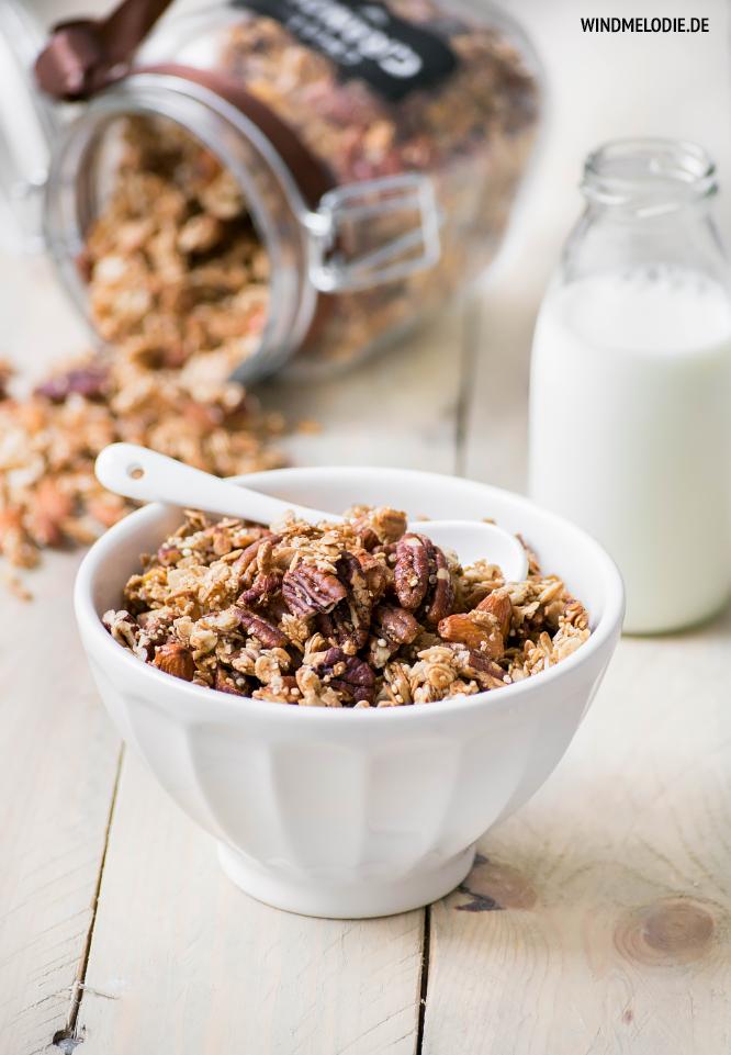 Chai Granola Knuspermüsli selber machen Rezept