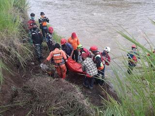 Mayat Laki-laki Tanpa Identitas Ditemukan di Sungai Cicatih Warungkiara