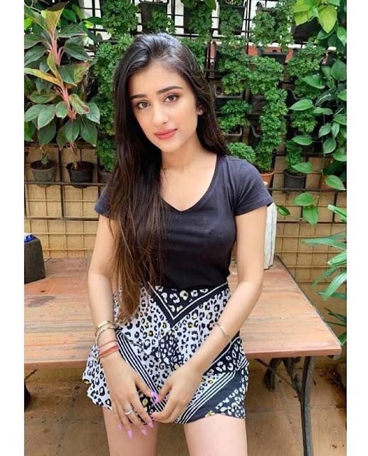 Tara Khanna 4