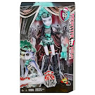 Monster High Twyla Freak Du Chic Doll