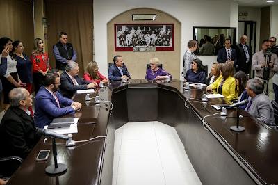 Reciben legisladores a alcaldesa de Phoenix, Arizona