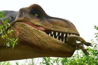 dinosaurus paling menakutkan