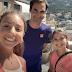 Ιταλία: Έκπληξη από τον Roger Federer στις μικρές «τενίστριες της ταράτσας» (videos)