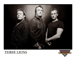 Three Lions (AOR Power Trio) - 'Three Lions' CD Review (Frontiers Records)