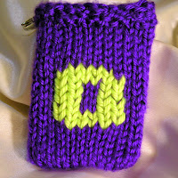 Knitted O, monogrammed O, gift card holder