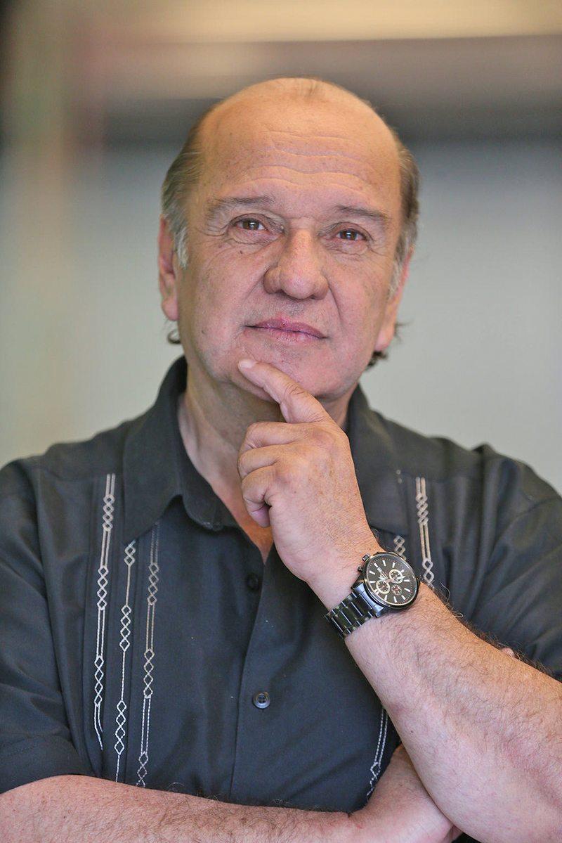 Patricio Frez está internado por su cáncer