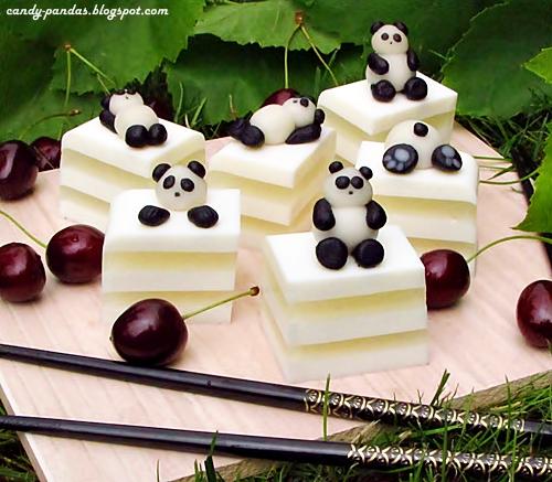 Kokosowa galaretka i pandy dango (bez glutenu, laktozy, cukru białego, wegańskie)