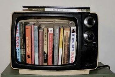 Diez libros con una temática común: las series de televisión. Ver. Oír. Contar.