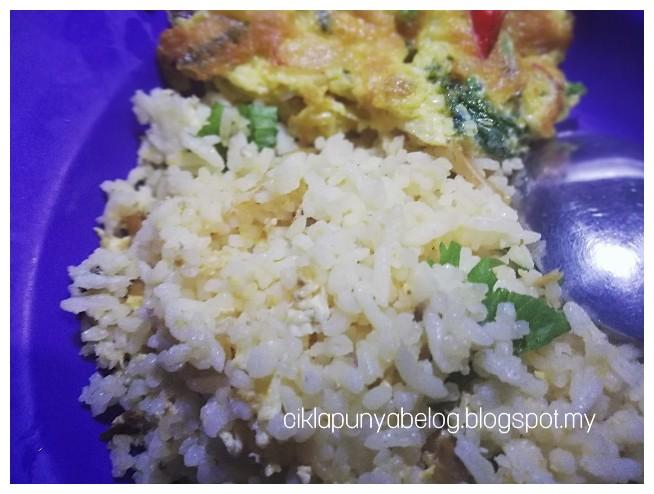 Nasi goreng kampung ADABI, menu sahur yang mengenyangkan.