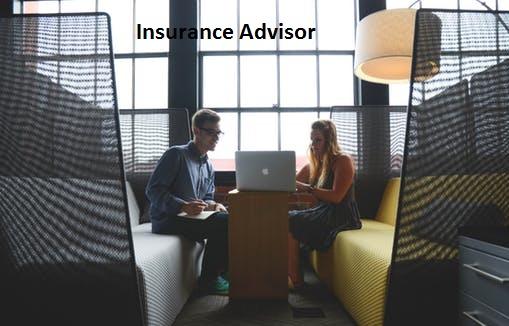 image of insurance advisor