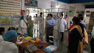 लोक स्वास्थ्य एवं परिवार कल्याण सचिव डॉ. भार्गव ने स्वास्थ्य केंद्रों का किया निरीक्षण