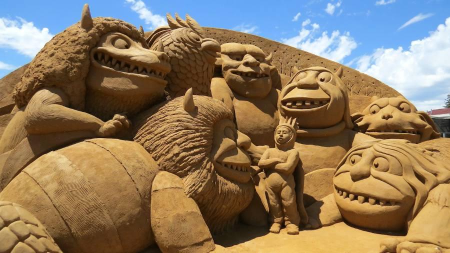 sand-scalptures