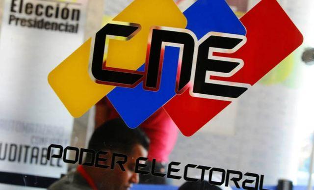 59 partidos políticos comienzan proceso de renovación ante el CNE