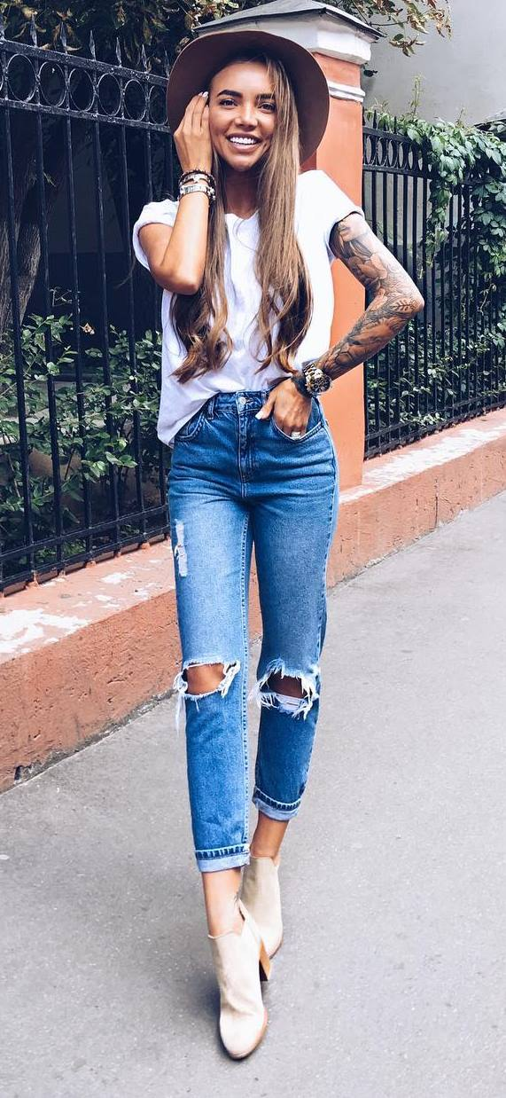 summer outfit: hat + top + rips