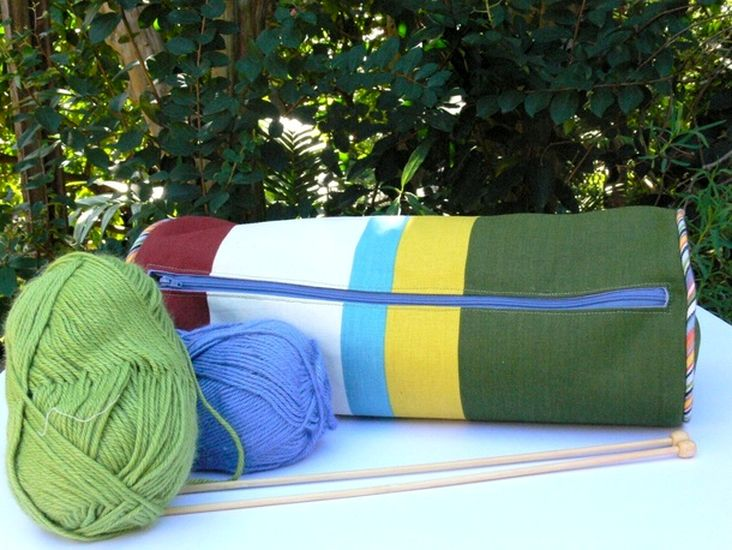 Knitting needle holder or pencil case Tutorial