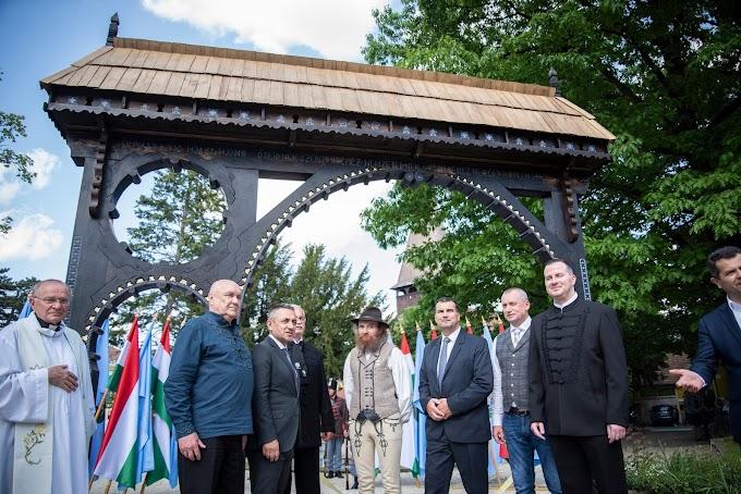 Székelykaput avattak Zalaegerszegen