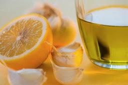 Batuk Tak Kunjung Sembuh? Obati dengan Lemon dan Madu