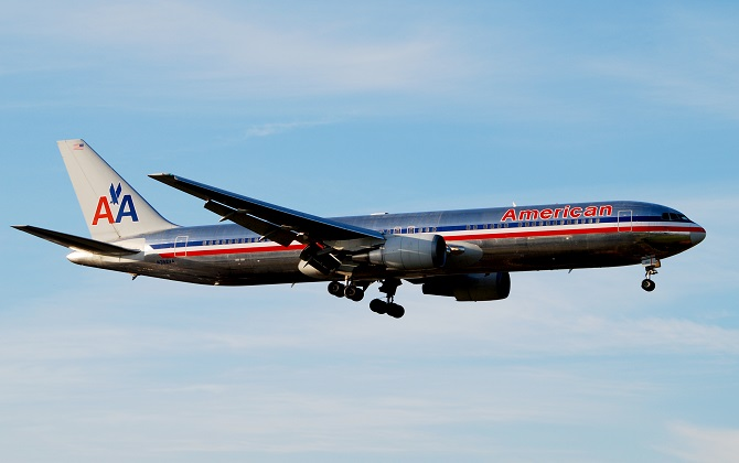 American Airlines has facilitated access to check on international flights via mobile app
