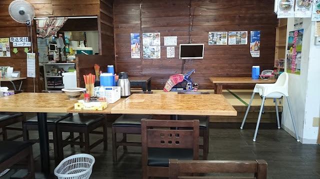 ゆうなみ坂下店の店内の写真