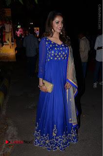 Telugu Actress Tejaswi Madivada Pos in Blue Long Dress at Nanna Nenu Na Boyfriends Audio Launch  0108.JPG
