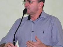 Em Dona Inês/PB, Justino se posiciona sobre união das oposições em 2020