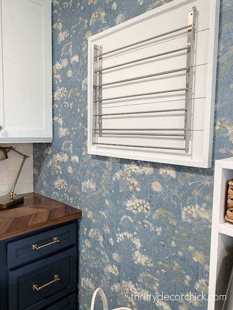 Before and after -- the laundry/mud room reveal from Thrifty Decor Chick