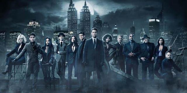 El cast de Gotham revela foto de la temporada 5 - SDCC
