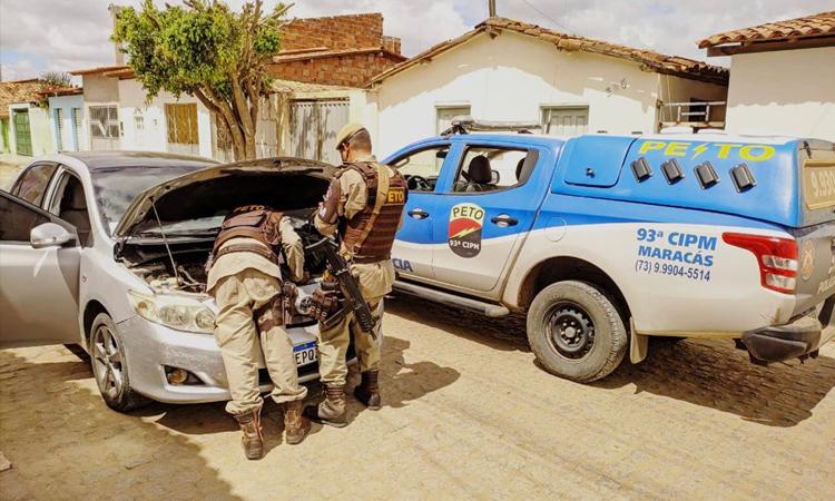 Veículo com sinais de adulteração e documento falso é apreendido em Maracás