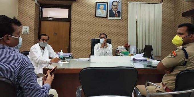 सांसद ने कलेक्टर एवं पुलिस अधीक्षक से लिया जिले की स्थिति का फीडबेक