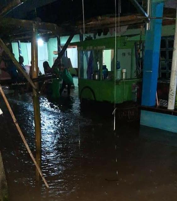 Sungai Krangean Meluap 9 Rumah Terendam Banjir