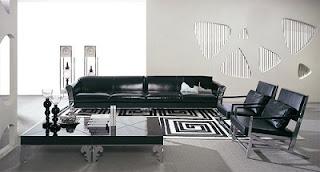 Sala con sofá cuero