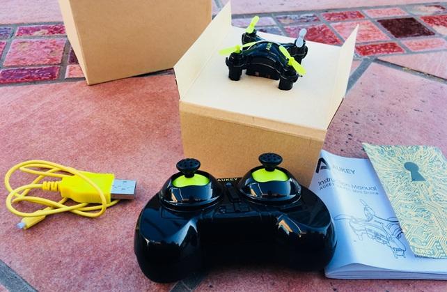 Aukey UA-P01: mini drone de 3 velocidades con control remoto