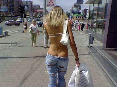 Einkaufen mit der Frau lustig