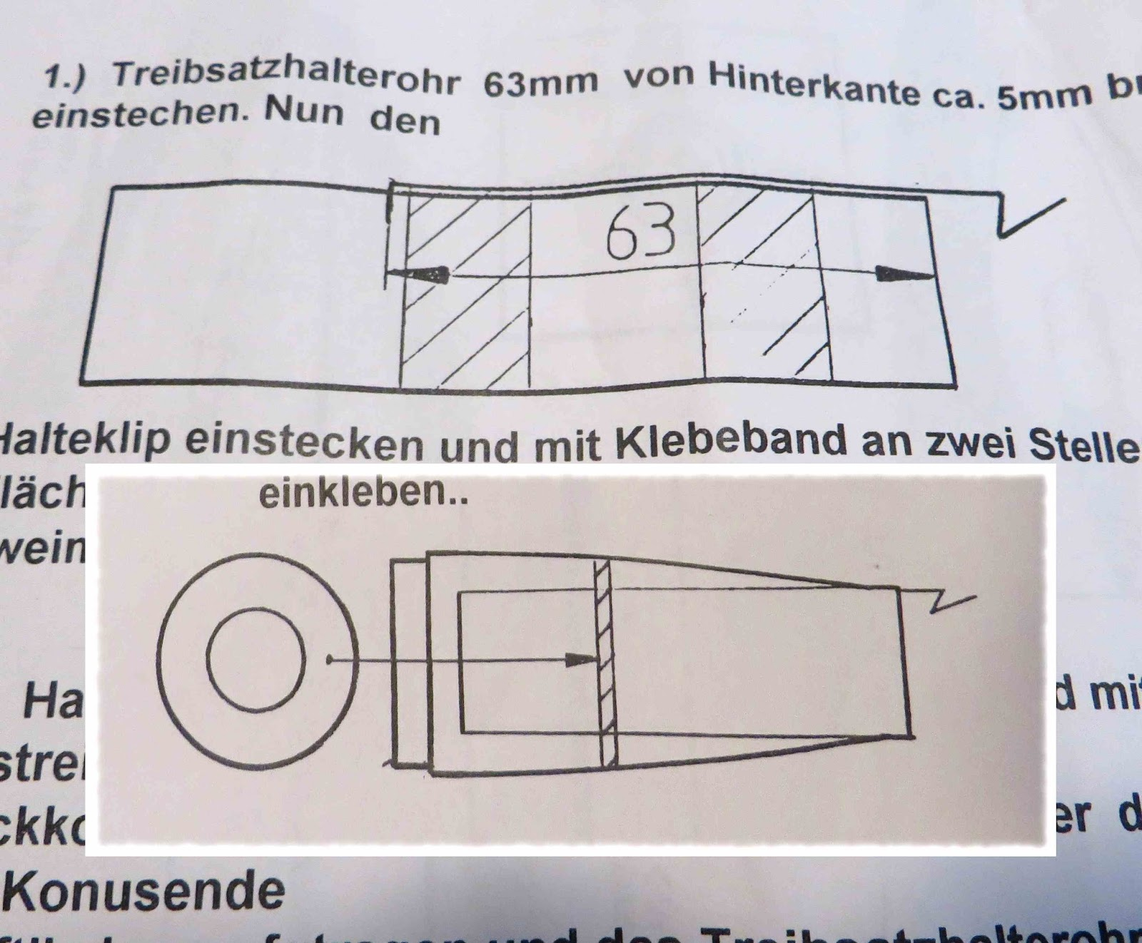 This is the line drawing for the engine mount. It's pretty  self-explanatory, if you speak German.