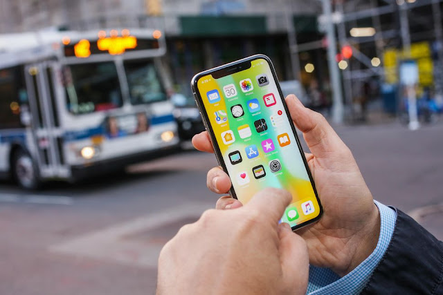 iphone-x-52 It will convert any iphone in iphone X Apple