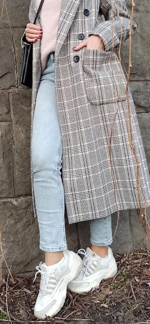 płaszcz damski wkratę - stylizacje