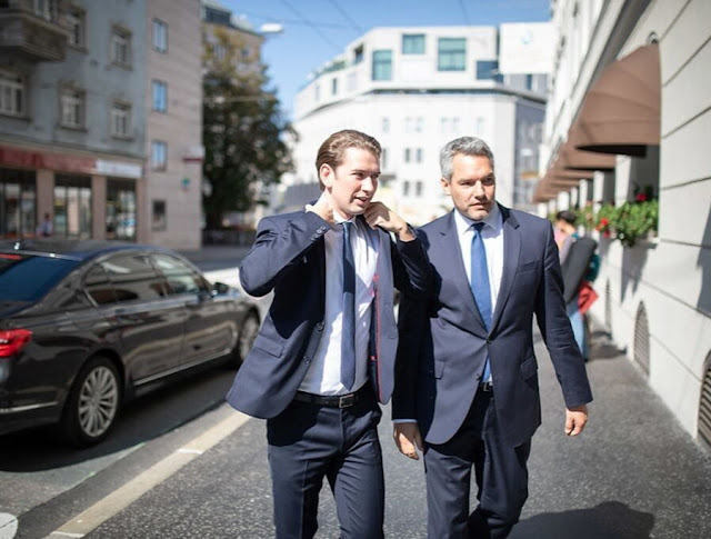 كورتس يستهدف أبناء المهاجرين داخل مدارس النمسا