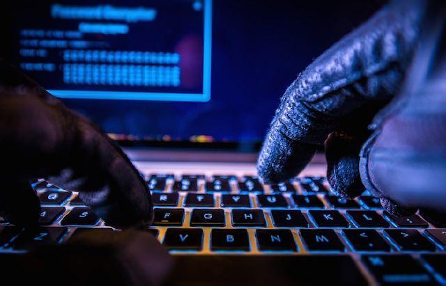 4 نصائح لتجنب الفيروسات والبرمجيات الخبيثة