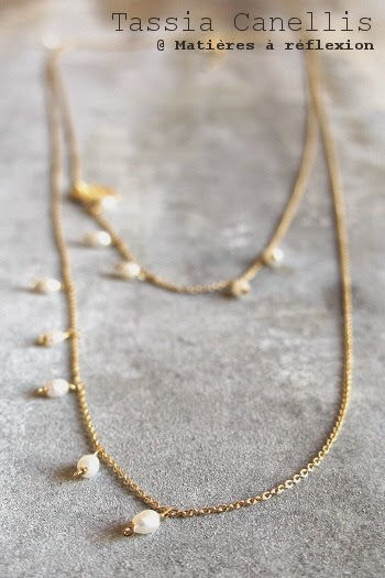 Sautoir doré perles de nacre Tassia Canellis bijoux fins