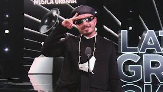 1605972591wzw - J Balvin gana 'Mejor Álbum de Música Urbana' en los Latin GRAMMY 2020