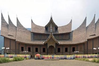 Ciri Khas Rumah Gadang Padang, Sumatera Barat
