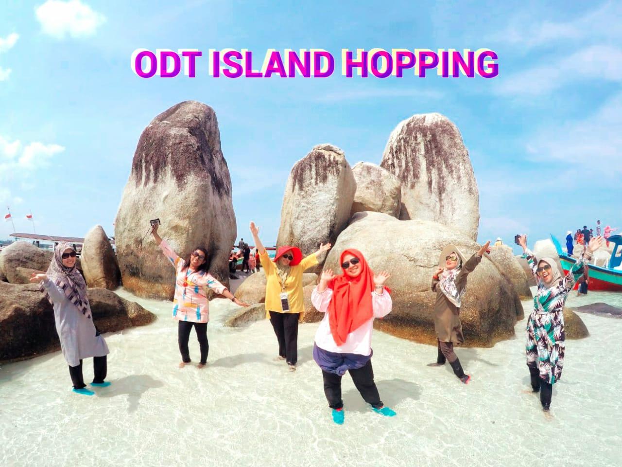 Paket One Day Trip Island Hopping