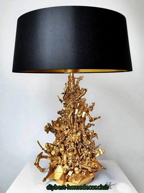 lampa z zabawek
