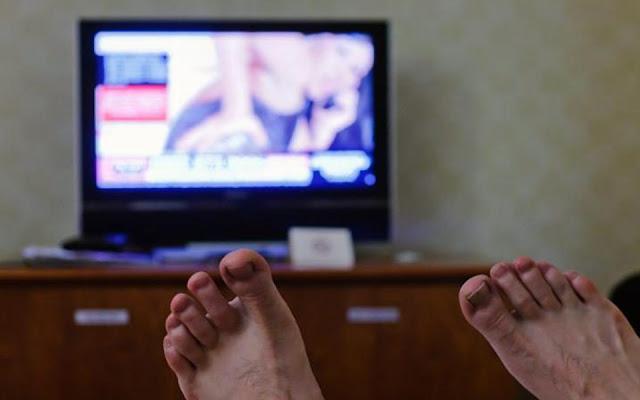 مشاهدة-الإباحيّات-تدمّر-أدمغة-الرجال-كالتشر-عربية